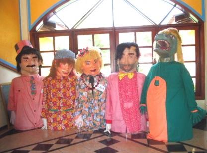 13 de Agosto – Bonecos feitos pelo Artesão e Artista Plástico Marcelo de Faria Santos — Natividade da Serra (SP) — 44 Anos em 2017.