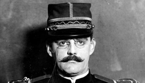 12 de Julho – 1935 - Alfred Dreyfus, oficial francês, centro do caso Dreyfus (n. 1859).