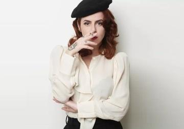 1 de Maio - 1970 - Fernanda Young, escritora, atriz e roteirista brasileira.