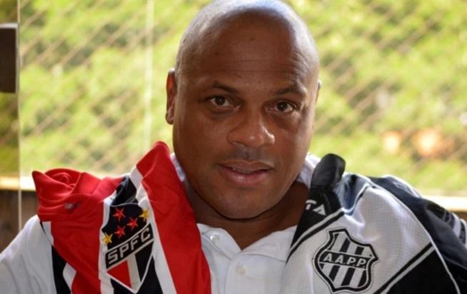 19 de Junho - 1965 – Ronaldão, ex-futebolista brasileiro.