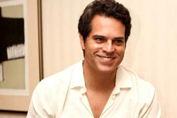 6 de Abril - 1965 — Juan Alba, ator, apresentador e cantor brasileiro.