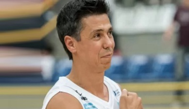 12 de Maio - 1975 – Hélio Rubens Garcia Filho, ex-basquetebolista brasileiro.