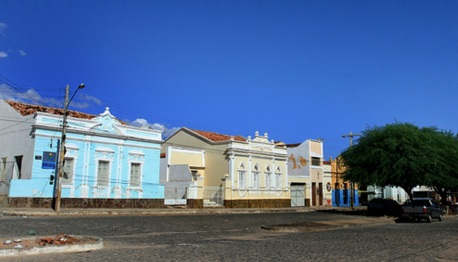 7 de Maio - Arquitetura característica de Belém do São Francisco (PE).