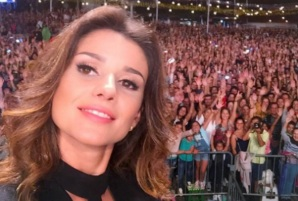 28 de Agosto - Paula Fernandes, cantora e compositora brasileira