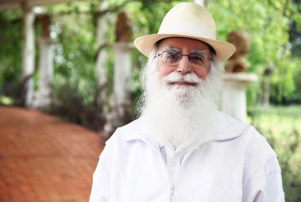 12 de Abril - 1932, Waldo Vieira, médico brasileiro fundador da Conscienciologia.