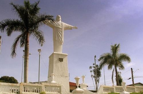 24 de Março - Araras (São Paulo) - Cristo em Araras