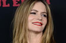 5-de-fevereiro-jennifer-jason-leigh-atriz-estadunidense