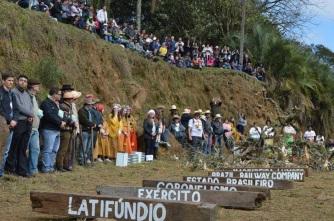 26 de Abril - 60 lideranças da Paróquia São Miguel Arcanjo participaram da Romaria em Timbó Grande - SC. Foto - Claudia Weinman.