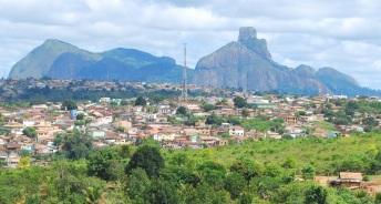 5 de Outubro - Vista panorâmica da Pedra do Pescoço — Itamaraju (BA) — 56 Anos em 2017.