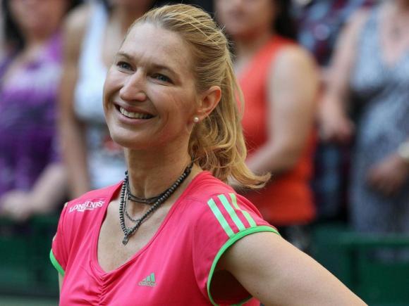 14 de junho - Steffi Graf, ex-tenista alemã