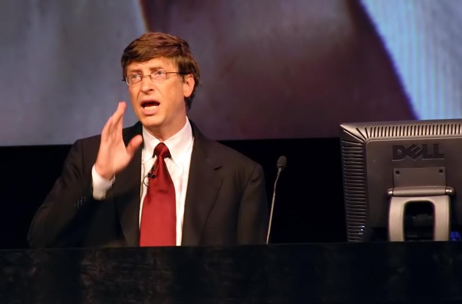 28-de-outubro-bill-gates-empresario-estadunidense-fundador-da-microsoft-em-2004