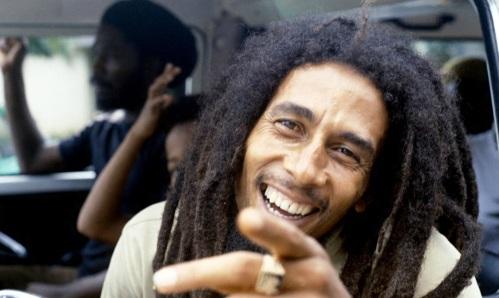 6-de-fevereiro-bob-marley-cantor-e-compositor-jamaicano-car-carro-wide