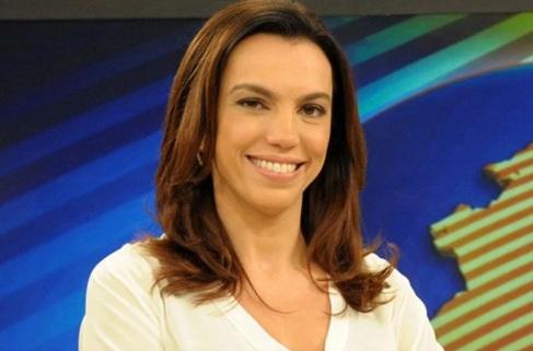 15 de Abril - 1972 — Ana Paula Araújo, jornalista brasileira.