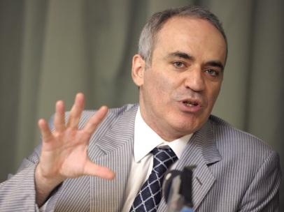 13 de Abril - 1963 - Garry Kasparov - ex-enxadrista azerbaidjano.