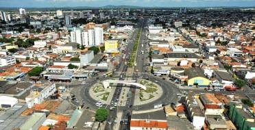 9 de Maio - 1833 – Criado a Villa do Arraial de Feira de Sant_Anna, atual cidade de Feira de Santana, na Bahia.