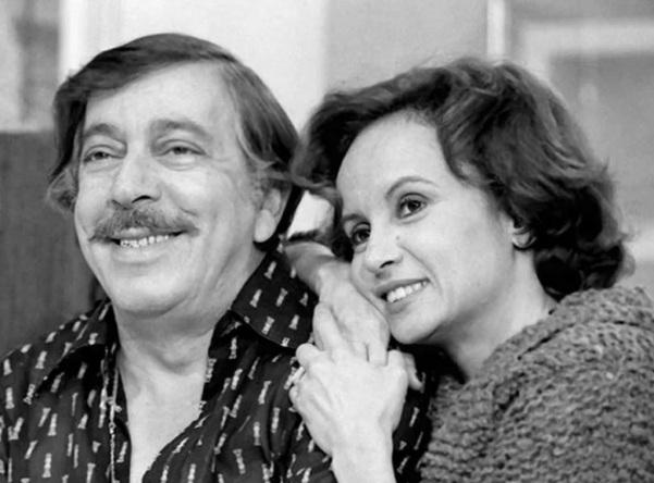 14 de Setembro – Joana Fomm - 1939 – 78 Anos em 2017 - Acontecimentos do Dia - Foto 23 - José Lewgoy e Joana Fomm, em Dancin'Days (1978).