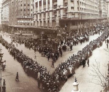 7 de Maio - Eva Perón - funeral.