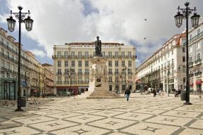 10 de Junho - Dia de Portugal - Monumento a Luís de Camões em Lisboa.