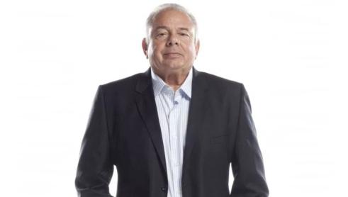 4 de Julho – Luciano do Valle - locutor esportivo, apresentador, empresário brasileiro.