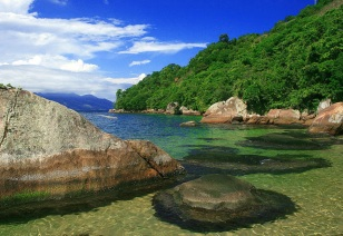3 de Setembro – Praia da Feiticeira — Ilhabela (SP) — 212 Anos em 2017.