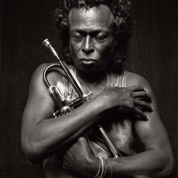 26 de maio - Miles Davis, compositor e trompetista estadunidense