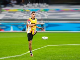 9 de Junho - 1978 — Miroslav Klose, futebolista, alemão, de origem polonesa - Treinando.