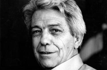 23 de Junho - 1915 – Vilanova Artigas, arquiteto brasileiro (m. 1985).