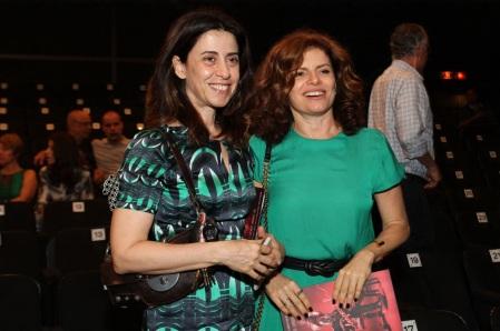15 de Setembro – Fernanda Torres - 1965 – 52 Anos em 2017 - Acontecimentos do Dia - Foto 9 - Fernanda Torres e Debora Bloch em teatro na Zona Sul do Rio. Foto de Anderson Borde.