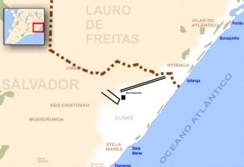 31 de Julho - Mapa com localização do Aeroporto e de praias de Lauro de Freitas e parte das praias de Salvador - Lauro de Freitas (BA) — 55 Anos em 2017.