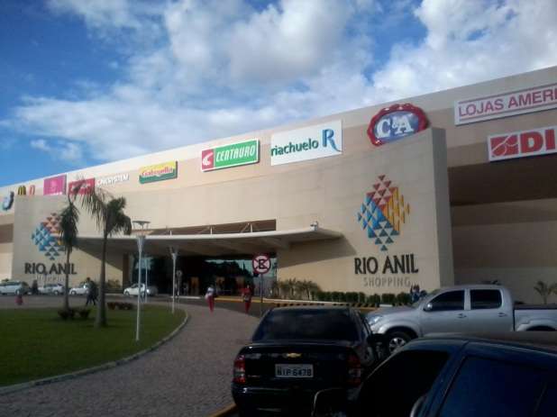 8 de Setembro – Rio Anil Shopping — São Luís (MA) — 405 Anos em 2017.