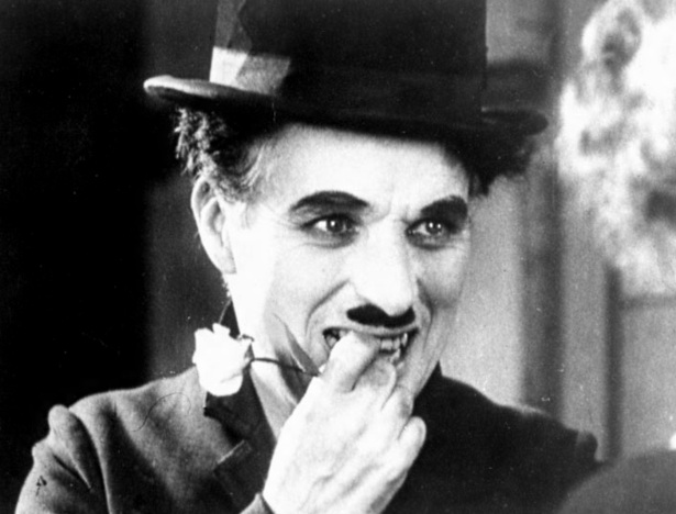 16 de Abril - 1889 — Charlie Chaplin, ator e cineasta britânico (m. 1977).