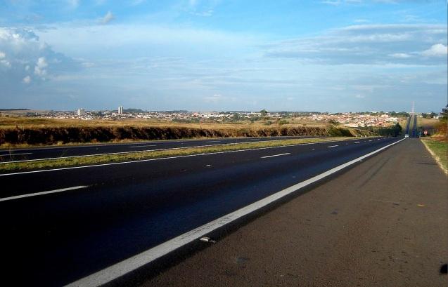 17 de Junho - Vista da Rodovia — São Manuel (SP) — 147 Anos.