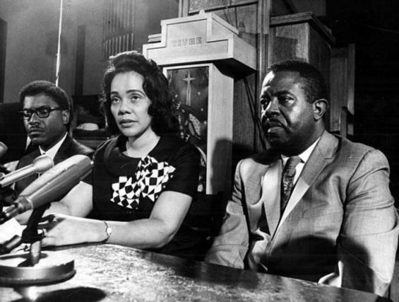 27 de Abril - 1927 - Coretta King, ativista estadunidense em Palestra.
