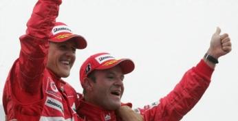 23 de Maio - Rubens Barrichello com Michael Schumacher.