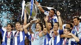 26 de Maio - 2004 - O Futebol Clube do Porto vence a 2ª Liga dos Campeões em sua história.