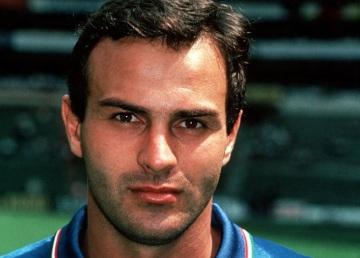 8 de Outubro - 1957 – Antonio Cabrini, ex-futebolista italiano.