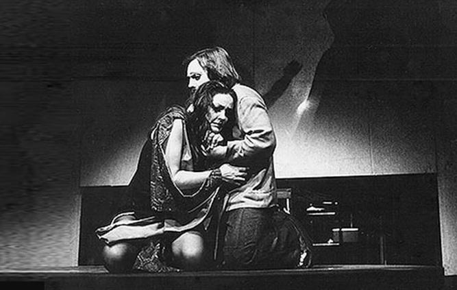 6 de Junho - Maysa em cena com o ator Antônio Pedro - Woyzeck (1971).