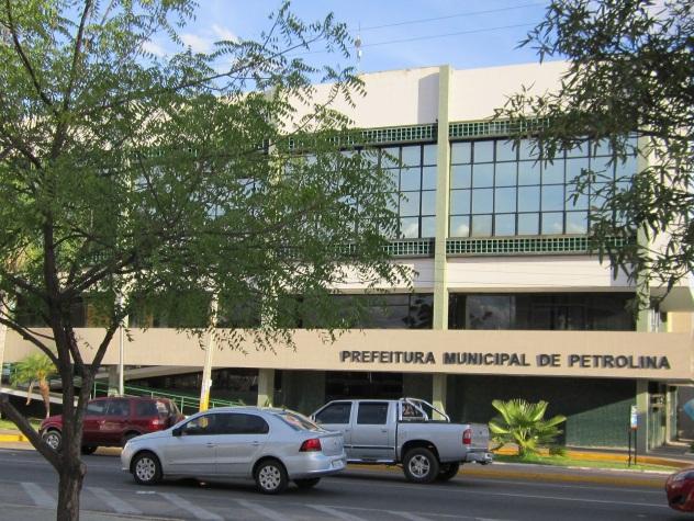 21 de Setembro – Prefeitura do município — Petrolina (PE) — 122 Anos em 2017.