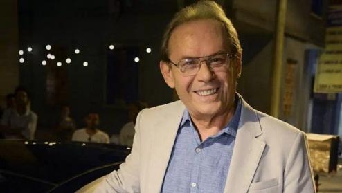 5 de Abril - 2014 — José Wilker, ator e diretor brasileiro (n. 1946).