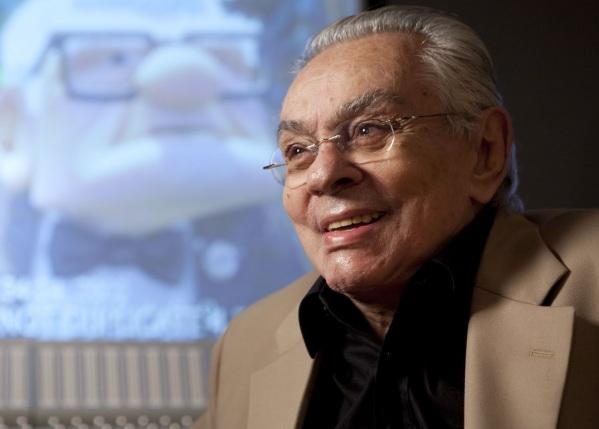 12 de Abril - 1931 — Chico Anysio, ator, diretor, compositor, escritor e comentarista brasileiro (m. 2012).