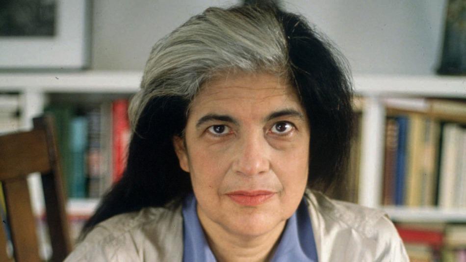 16-de-janeiro-susan-sontag-foi-uma-escritora-critica-de-arte-e-ativista-dos-estados-unidos