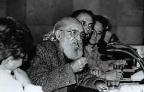 19 de Setembro – Paulo Freire - 1921 – 96 Anos em 2017 - Acontecimentos do Dia - Foto 11 - Paulo Freire como Secretário da Educação da cidade de São Paulo, em 1989 - Foto de Carl