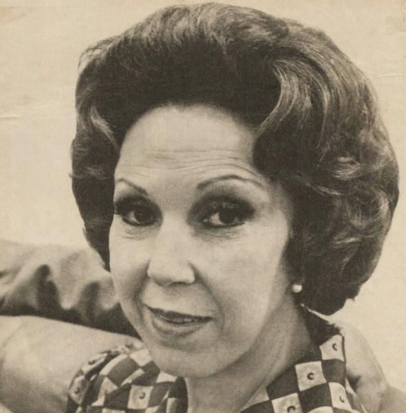 24 de Maio - 1917 - Suzy Arruda, atriz brasileira (m. 2005).