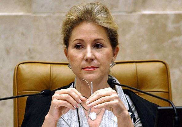 16-de-fevereiro-ellen-gracie-northfleet-jurista-brasileira
