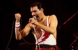 5 de Setembro – Freddie Mercury - 1946 – 71 Anos em 2017 - Acontecimentos do Dia - Foto 3.