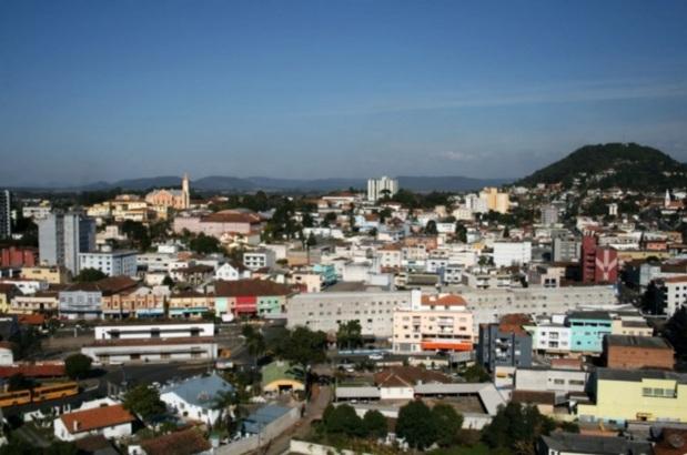 5 de Setembro – Vista panorâmica da cidade — Porto União (SC) — 100 Anos em 2017.