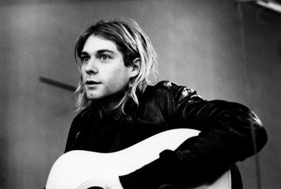 20-de-fevereiro-kurt-cobain-cantor-compositor-e-musico-estadunidense