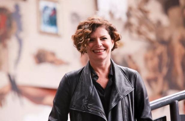 29 de Maio - Debora Bloch.