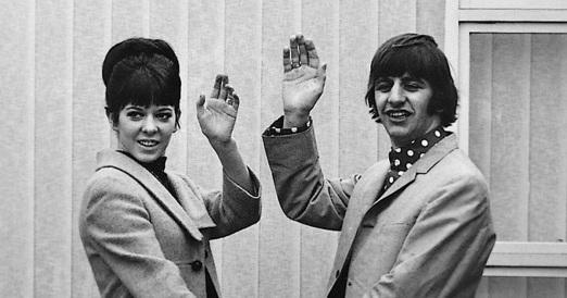 7 de Julho – Ringo Starr e sua esposa Maureen Cox.