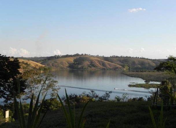 7 de Outubro - Lago de Furnas — Varginha (MG) — 135 Anos em 2017.